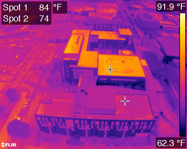4 Thermal Cameras for Roof inspection & Leaks | 2021